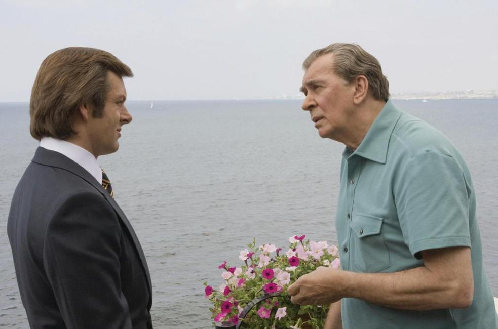 Michael Sheen as David Frost and Frank Langella as Richard Nixon in