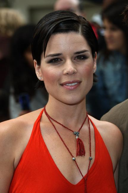 Neve Campbell at the UK premiere of