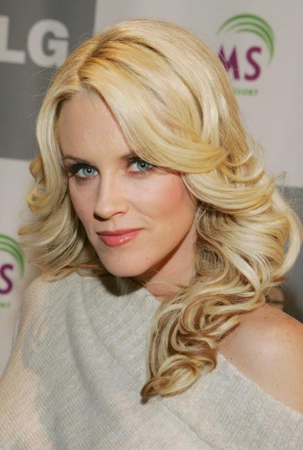 Jenny McCarthy at the LG All-Star poker showdown and party.