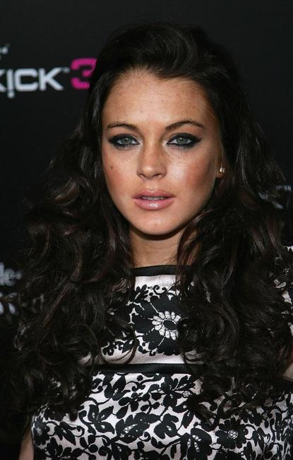 Lindsay Lohan at the Launch of T-Mobile Sidekick 3 Limited Edition.