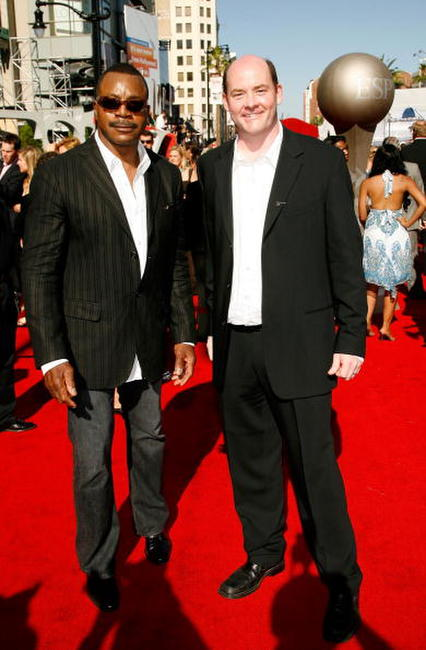 Carl Weathers and David Koechner at the 2007 ESPY Awards.