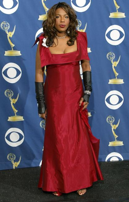 Macy Gray at the 57th Annual Emmy Awards.