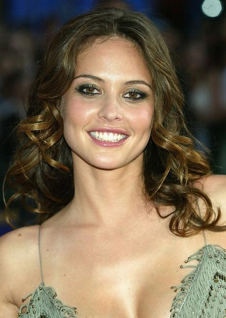 Josie Maran attends the world premiere of