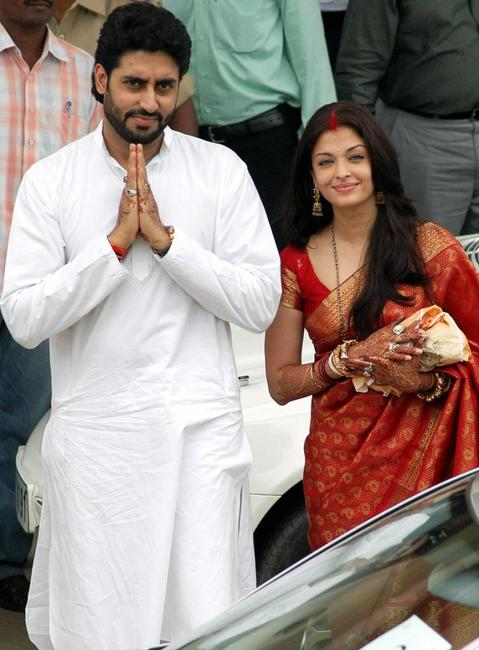 Abhishek Bachchan and Aishwarya Rai at the Lord Venkatesh Wara Temple in Tirupati.