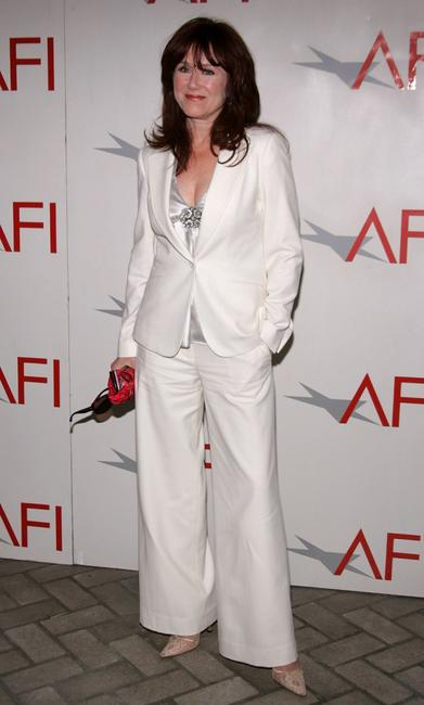 Mary McDonnell at the AFI Awards Luncheon 2005.