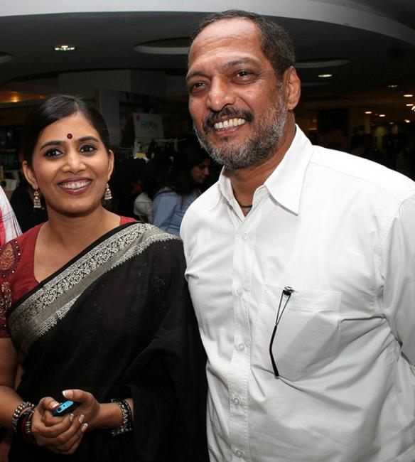 Sonali Kulkari and Nana Patekar at the launch ceremony for the book