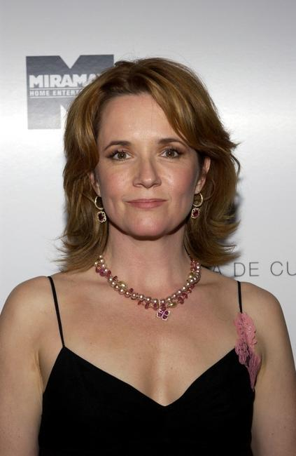 Lea Thompson at