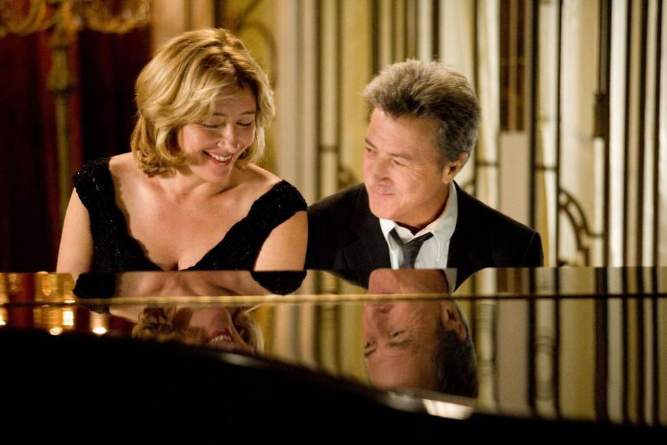 Emma Thompson as Kate Walker and Dustin Hoffman as Harvey Shine in