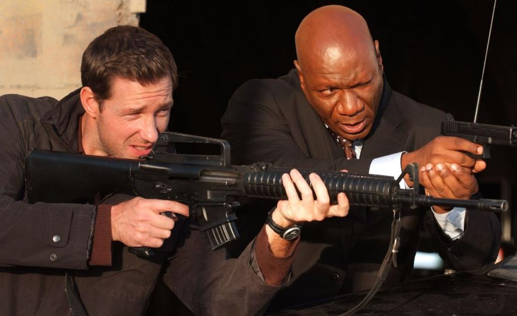 Edward Burns and Ving Rhames in