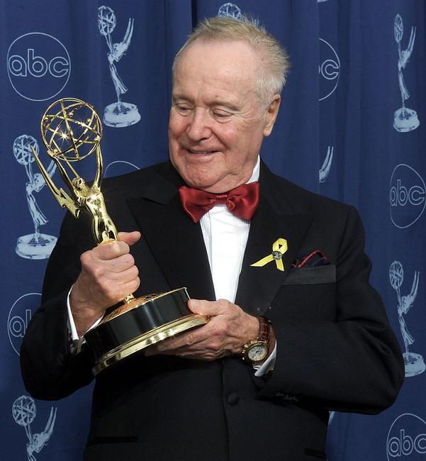 Jack Lemmon at the 52nd Annual Primetime Emmy Awards.