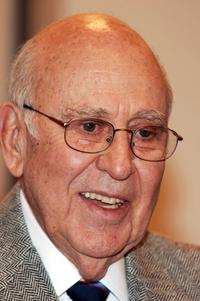 Carl Reiner at the book signing for his new book
