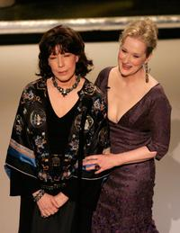 Lily Tomlin and Meryl Streep at the 78th Academy Awards.