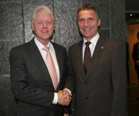 Bill Clinton and Jens Stoltenberg at the office in Oslo.