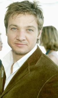 Jeremy Renner at the 2003 IFP Independent Spirit Awards.