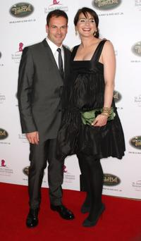 Jonny Lee Miller and Michele Hicks at the Fifth Annual Runway For Life gala.