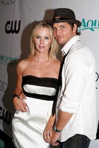 Jennie Garth and Peter Facinelli at the premiere party of