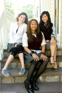 Margo Harshman, Raven Symone and Brenda Song in