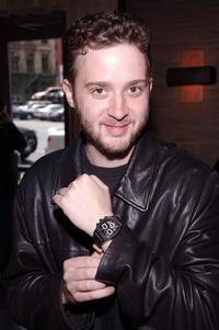 Eddie Kaye Thomas at the People En Espanol Celebration of 50 Most Beautiful Gifting Suite.