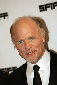 Ed Harris at the 49th San Francisco International Film Festival awards ceremony.