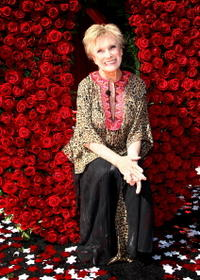 Cloris Leachman at the 2009 Pasadena Tournament of Roses Grand Marshal announcement.