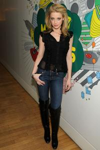 Amber Heard at the MTVs Total Request Live.