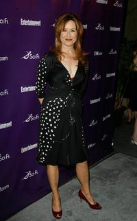 Mary McDonnell at the Sci-Fi Channel & EW magazine Comic-Con party.