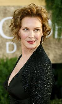 Elizabeth Perkins at the 64th Annual Golden Globe Awards.