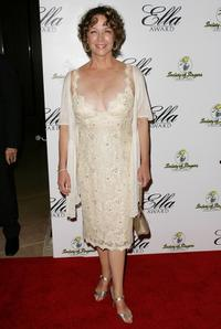 Kathleen Quinlan at the Society of Singers 17th Annual ELLA Awards.