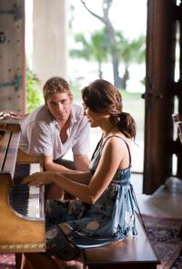 Liam Hemsworth and Miley Cyrus in