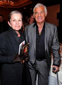 Genevieve Bujold and Jean-Paul Belmondo at the 35th Annual Los Angeles Film Critics Association Awards.