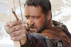 "Russell Crowe in ""Robin Hood."""