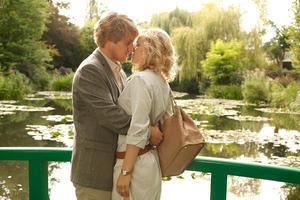 "Owen Wilson as Gil and Rachel McAdams as Inez in ""Midnight in Paris."""