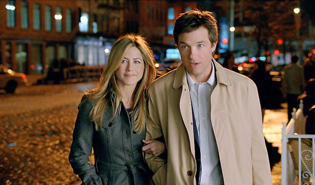 Jennifer Aniston and Jason Bateman in