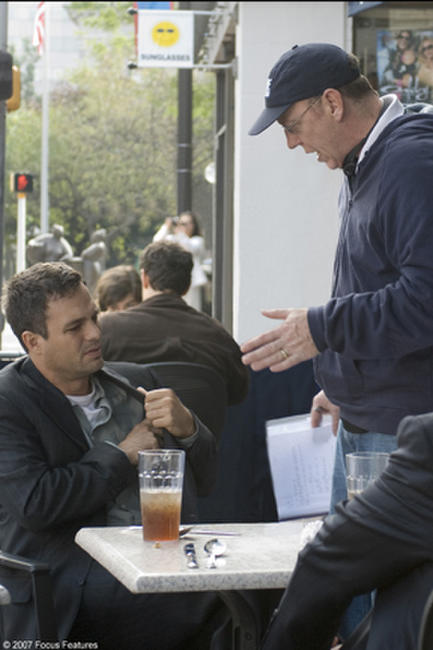Mark Ruffalo and director Terry George on the set of