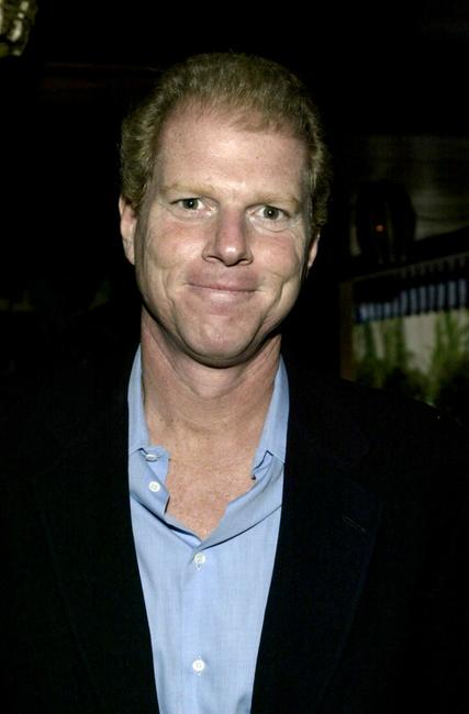 Noah Emmerich at the party for the 2004 Showmen of the Year award.
