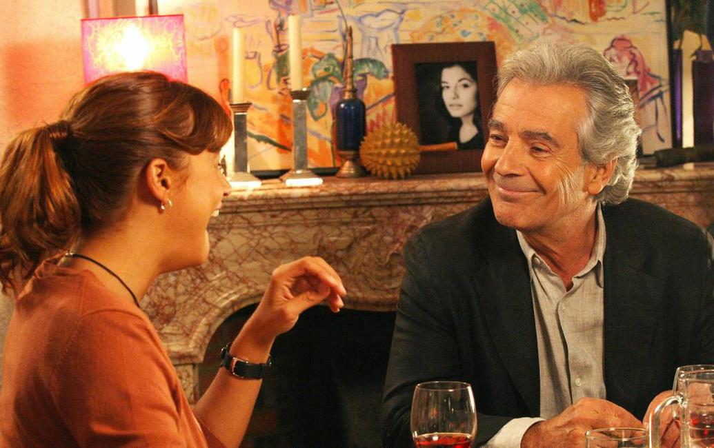 Pierre Arditi and Julie Bataille at the set of the new television series