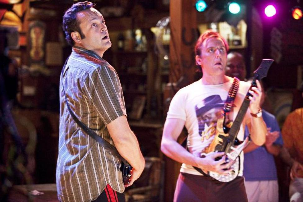 Vince Vaughn as Dave and Peter Serafinowicz as Sctanley in