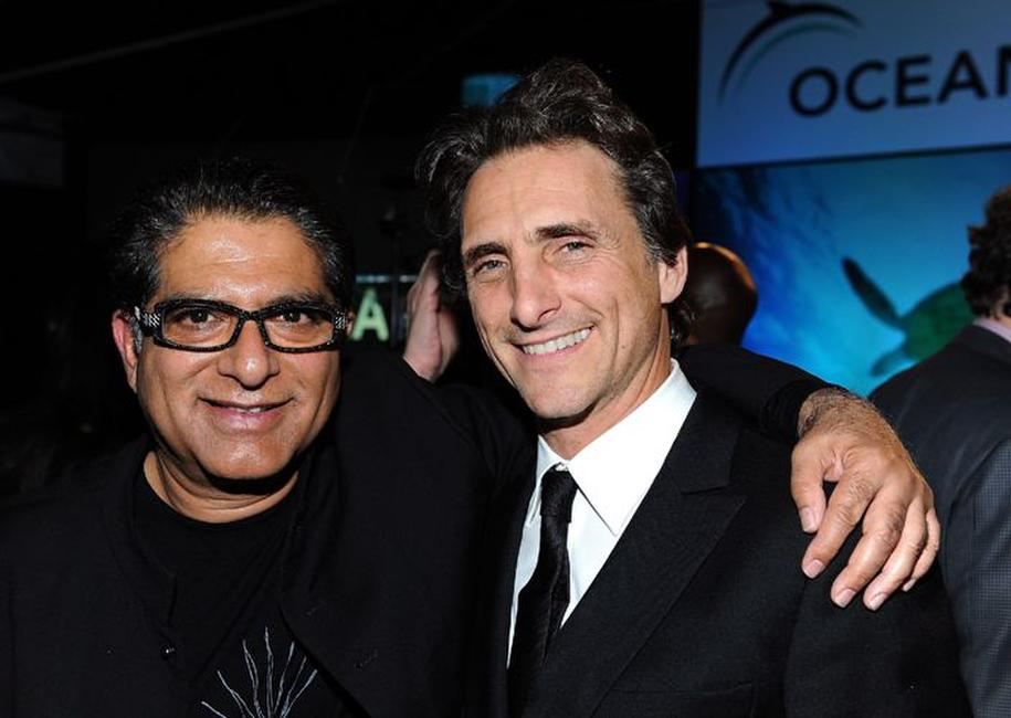 Deepak Chopra and Lawrence Bender at the Oceana's 2009 Partners Award Gala.