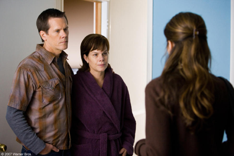 Kevin Bacon and Marcia Gay Harden in