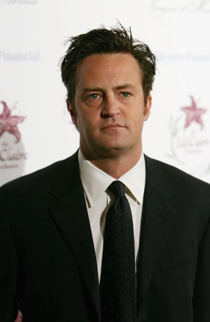 Matthew Perry at the 9th Annual Dinner Benefiting the Lili Claire Foundation.