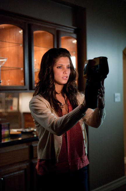 Ashley Greene as Kelly in