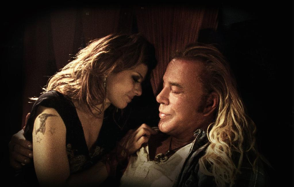 Marisa Tomei and Mickey Rourke in