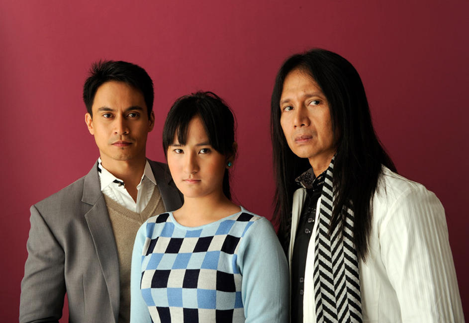 Arnold Reyes, Ella Guevara and Leon Miguel at the portrait session of