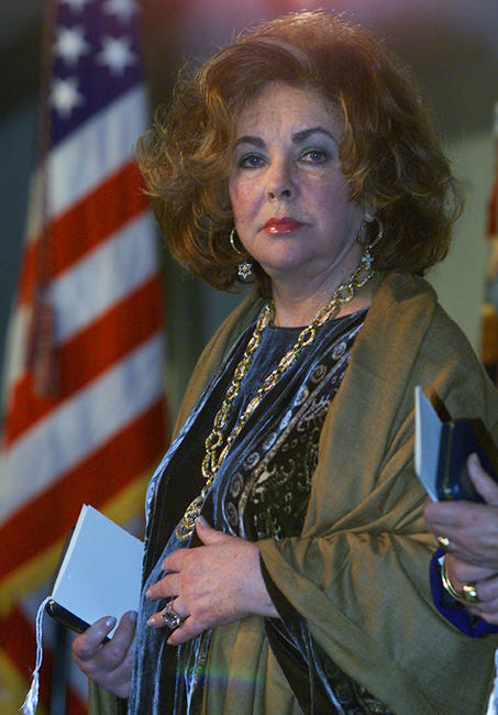 Elizabeth Taylor at the Bill Clinton Presents Presidential Citizens Medal Awards.