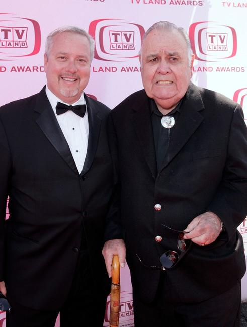 Larry Jones and Jonathan Winters at the 6th annual TV Land Awards.