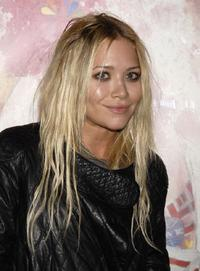 Mary-Kate Olsen at the Antony Micallefs debut Los Angeles show