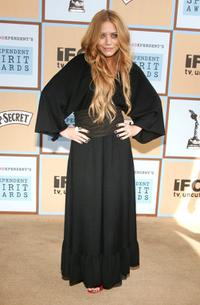 Mary-Kate Olsen at the Film Independents 2006 Independent Spirit Awards.