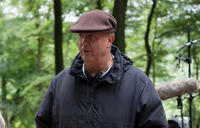 Director Roger Michell on the set of