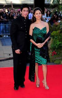 Shah Rukh Khan and Gauri Khan at the world premiere of