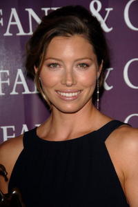 Jessica Biel at the 2007 Palm Springs International Film Fest Awards Gala.